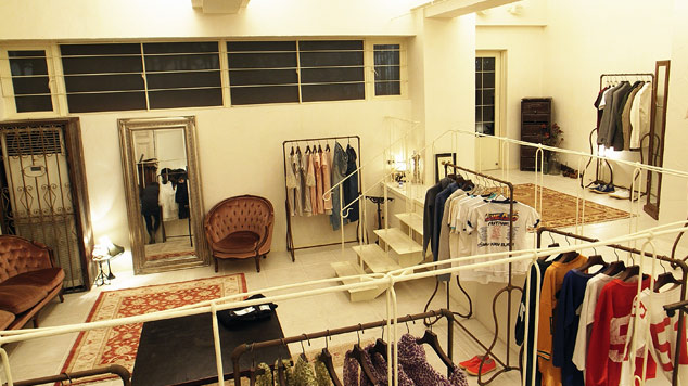 rest_andmarks_store_5